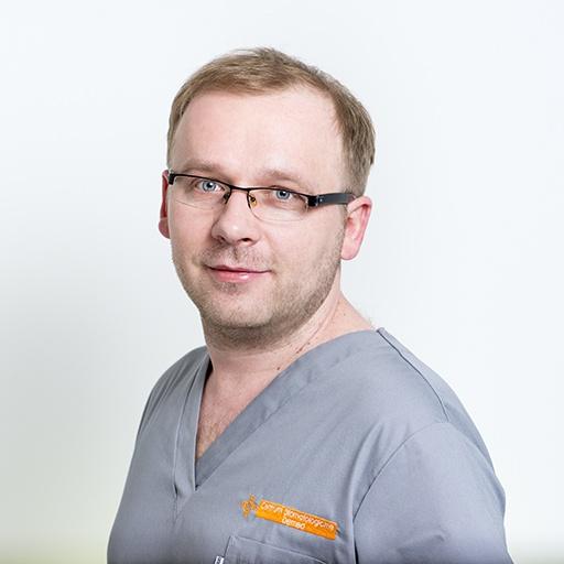 specjalista chirurgii stomatologicznej Radosław Zaniewicz